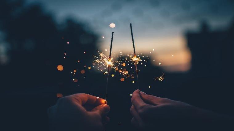 Νέα Σελήνη στον Υδροχόο: Πυροτεχνήματα Ελευθερίας
