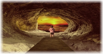 Νέα Σελήνη στον Κριό: Η Αλληγορία του Σπηλαίου